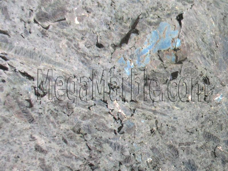 labradorite-bianca-granite